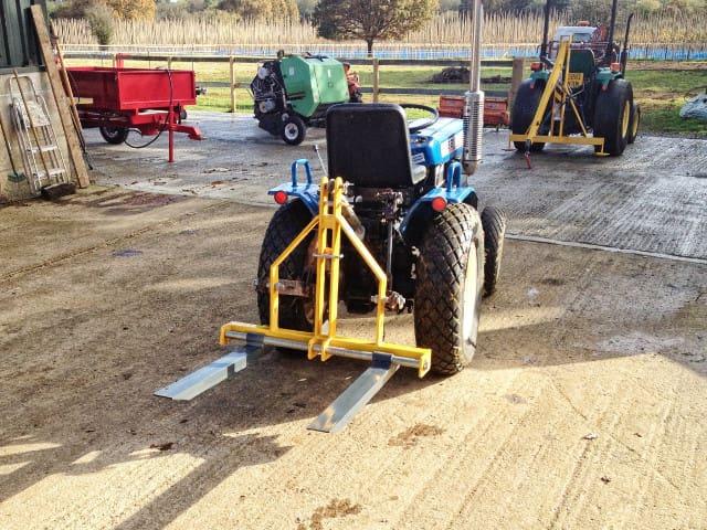 навесные вилы для трактора